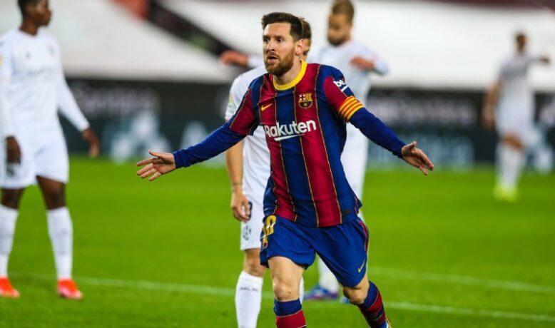 الشوط الأول ... برشلونة يضرب هويسكا بثنائية