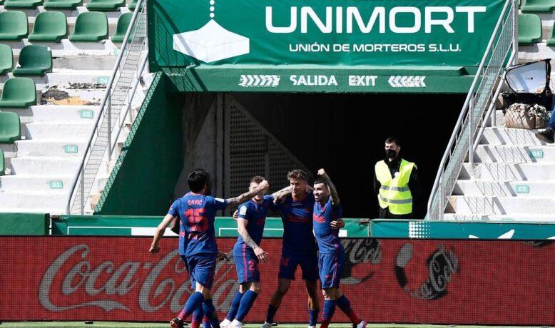 أتلتيكو مدريد يعزز صدارته بإنتصار صعب على إلتشي