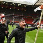 عاجل ... جماهير مانشستر يونايتد تقتحم أولد ترافورد قبل مواجهة ليفربول
