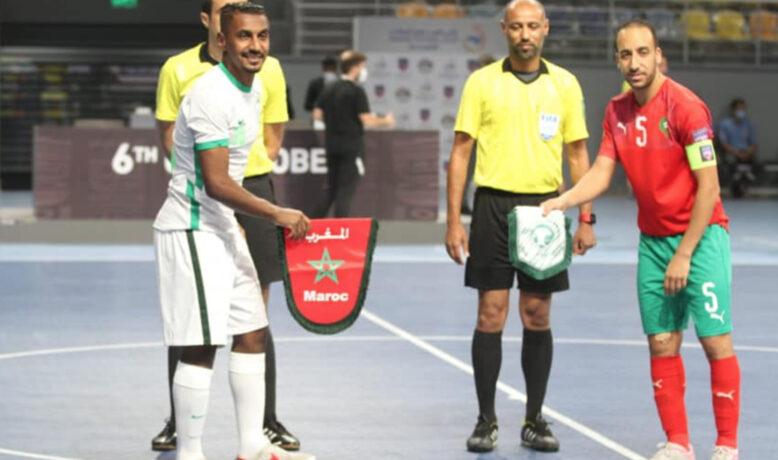 أسود الصالة يتأهلون إلى نصف نهائي كأس العرب