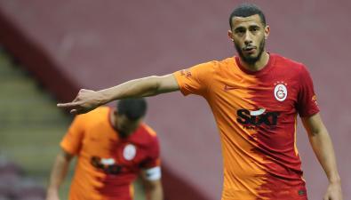 يونس بلهندة يقترب من الانضمام إلى الدوري السعودي