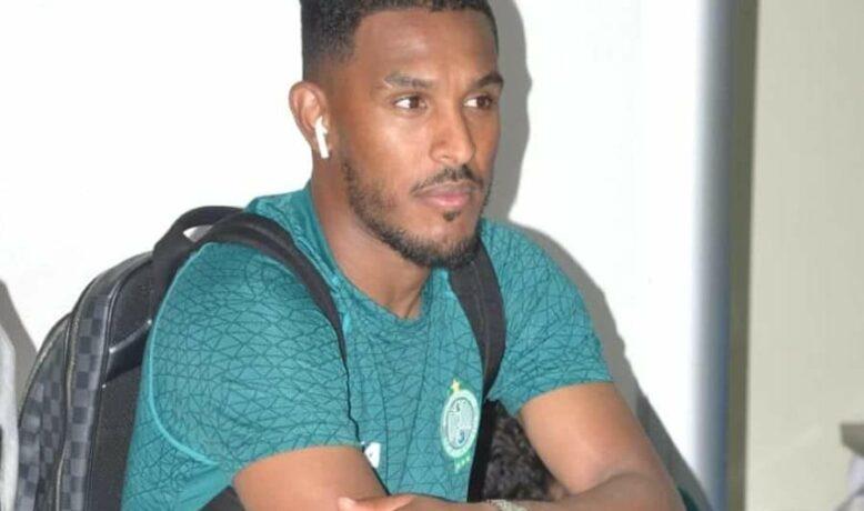 الرجاء الرياضي يشخص إصابة مدافعه الليبي سند الورفلي