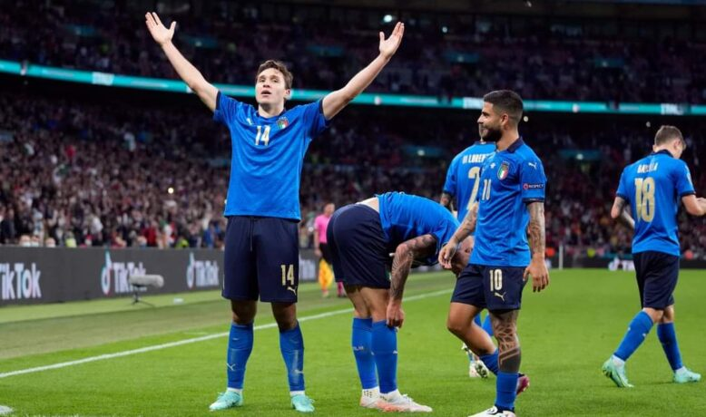 كورونا تضرب منتخب إيطاليا قبل نهائي