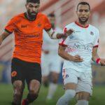 نهضة بركان يزيد من متاعب الفتح الرياضي في آخر جولات الدوري الإحترافي