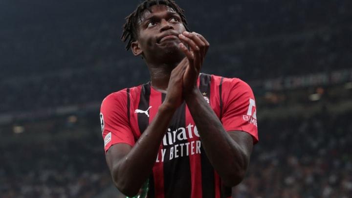 لياو يسجل هدف ميلان الأول في دوري الأبطال منذ 2013 في السان سيرو