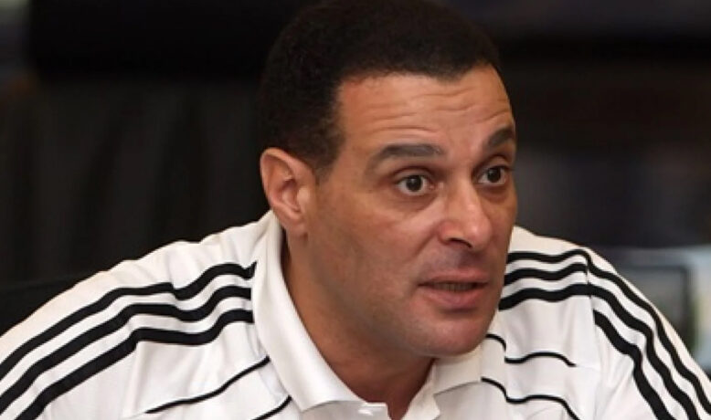 إتحاد الكرة يقرر تعيين عصام عبد الفتاح رئيس للجنة الحكام