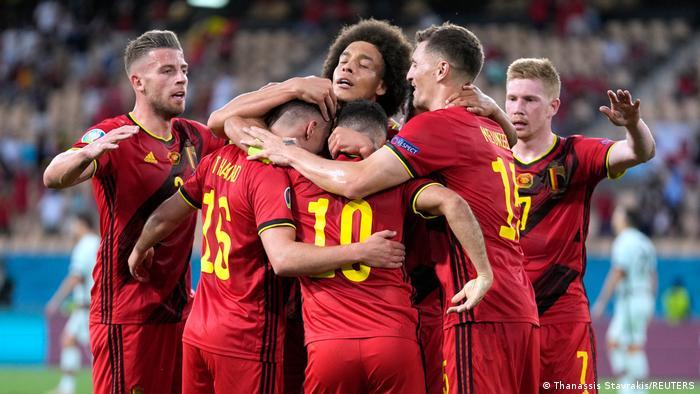 بشكل رسمي نجمان بارزان يغادران معسكر المنتخب البلجيكي