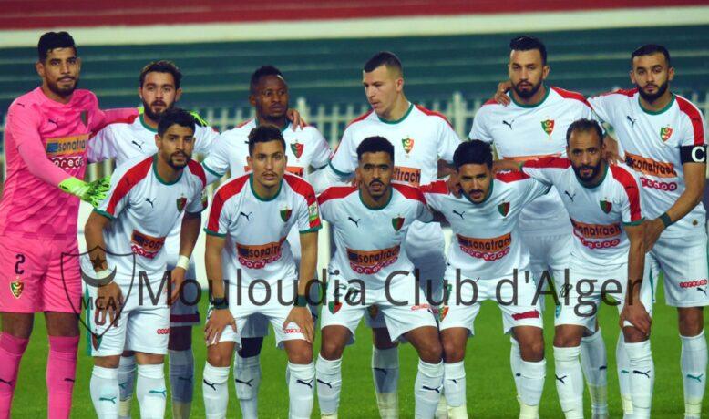 قمة جزائرية في أولى مباريات الدوري الجزائري