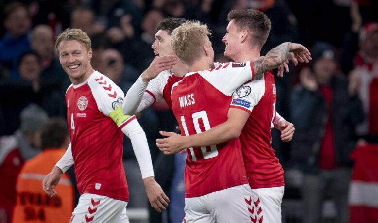 الدنمارك تحجز مقعداً في مونديال قطر