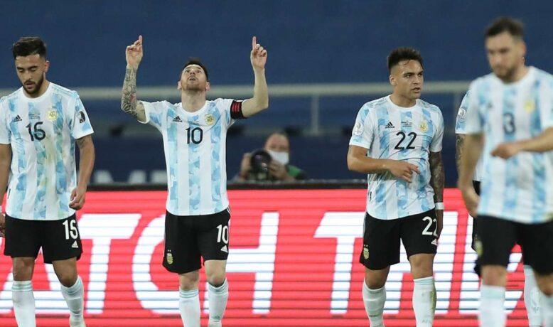 الارجنتين تكتسح الأوروغواي بثلاثية نظيفة في تصفيات كأس العالم
